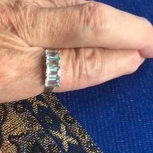Jewelry - NWOT 925>2 carat Clear Clarity Awesome Cut Topaz